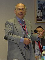 Sir Jeremy Beecham (Labour Party Conference, October 2005).jpg