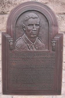 Thomas Peck Hunter VC monument plaque.JPG