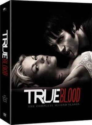 True Blood (season 2) - Image: True Blood Season 2 DVD Cover