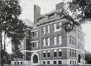 Neil R. Darrach - Wellington Street Public School, photographed in 1905.
