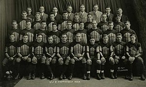 1927 Illinois Fighting Illini football team - Image: Illinois Fighting Illini football team (1927)