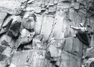 Ladies' Scottish Climbing Club - Image: LSCC Salisbury Crags 1908 Lucy Smith Pauline Ranken