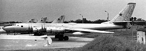 Tupolev Tu-95LAL - The Tu-95LAL test aircraft. The bulge in the fuselage aft of the wing covers the reactor.