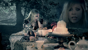 Alice (Avril Lavigne song) - Image: Avril lavigne alice tea party