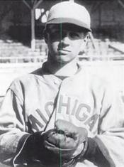 "William B. ""Buck"" Giles - Wikipedia"