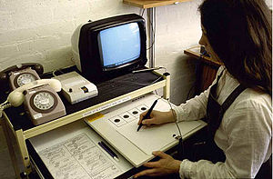 History of virtual learning environments - Cyclops telewriting system, tutor's station