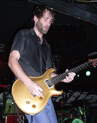 Dave Knudson (guitarist) - Image: Dave knudson 2