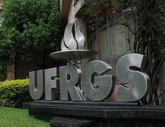 Universities and higher education in Brazil - Image: Ufrgs entrance