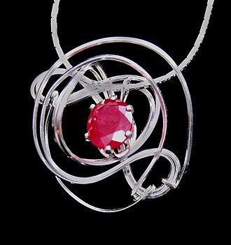 Wire sculpture - Wire sculpture jewelry