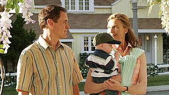 Mary Alice Young - Mary Alice and her husband Paul (Mark Moses) arrive on Wisteria Lane with their son Zach, in hopes of living a new life.