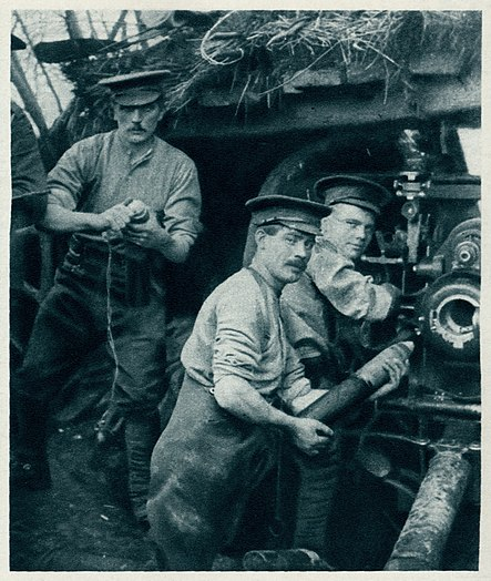 Illustrated War News, Dec. 23, 1914, page 38, right side - British Gunners in Action at the Front.jpg