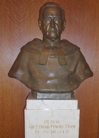Lyman Duff - Bust of the Rt. Hon. Sir Lyman Duff in the Supreme Court of Canada building.