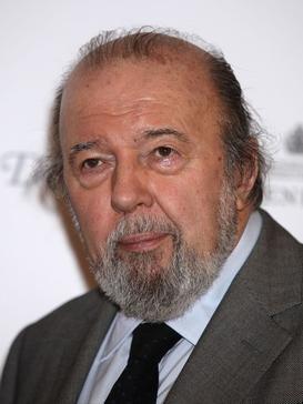 Peter Hall (director)