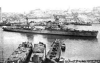 Soviet cruiser <i>Voroshilov</i> Kirov-class cruiser