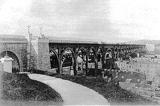 Riverside Drive (Manhattan) - Image: RSD Viaductc 1900
