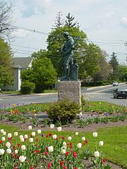 Minute Man statue at the intersection of Main St. and Union Ave.