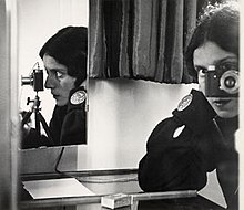 Ilse Bing self portrait 1931.jpg