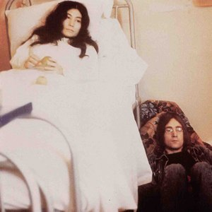 Unfinished Music No. 2: Life with the Lions - Image: John Lennon albums unfinishedmusicno 2lifewiththelions