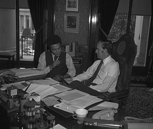Washington State Republican Party - Republican state legislator Michael Ross meets with Washington's then governor Dan Evans, another Republican, in 1971.