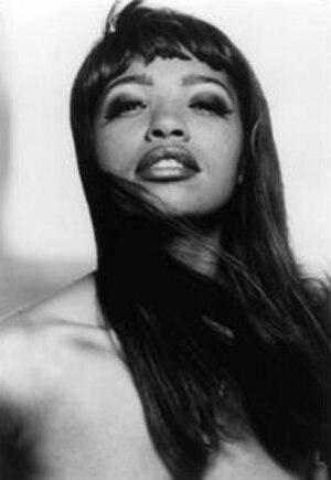 Goddess (band) - Elvira Valentine, vocalist