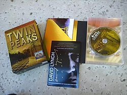 The contents of the 12-disc edition of Twin Peaks Gold Box Set