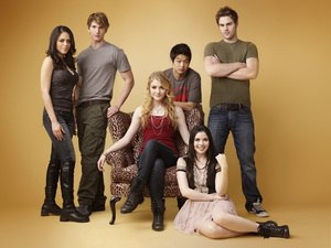 The Nine Lives of Chloe King - The main cast of The Nine Lives of Chloe King
