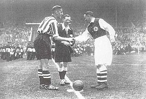 Alex James (footballer) - Alex James (right) and Harry Hooper of Sheffield United at the start of the 1936 FA Cup Final