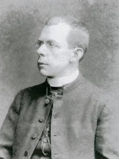 Thomas Byles Catholic priest who remained on board the RMS Titanic as it was sinking