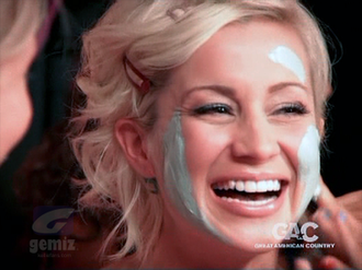 Don't You Know You're Beautiful - Kellie Pickler in the music video.