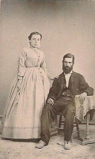 Leopoldo Carrillo - Jesusita Suarez, Leopoldo Carrillo's first wife