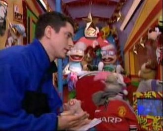 The Den (TV programme) - Damien McCaul and Dustin the Turkey on Den2 after the 1998 relaunch