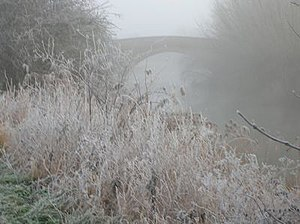 Tadpole Bridge - Tadpole bridge in December mist