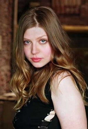 Tara Maclay - Amber Benson as Tara Maclay in 2001