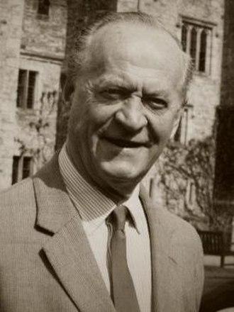 Gavin Astor, 2nd Baron Astor of Hever - Gavin Astor, 2nd Baron Astor of Hever