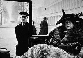 Inge Morath - Mrs. Eveleigh Nash, London, 1953.