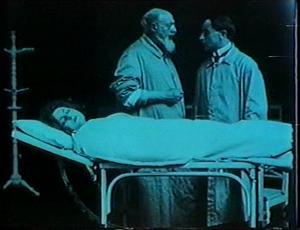 Pina Menichelli - An unconscious Pina Menichelli at the start of Storia di una donna