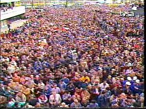 1992 anti-war protests in Sarajevo - Thousands of protesters in front of the parliament building.