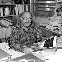 Picture of Gerson Goldhaber at his desk at Lawrence Berkeley Laboratory
