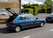 Peugeot 306 hatchback, with the hatch lifted