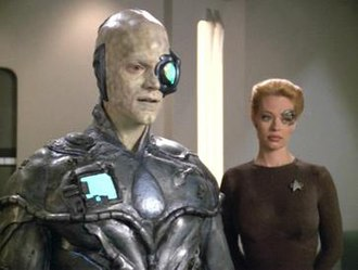 Drone (Star Trek: Voyager) - One (left) with Seven of Nine (right)