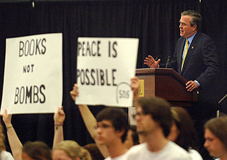 Students for a Democratic Society (2006 organization) - University of Central Florida SDS members demonstrate during a speech by Governor Jeb Bush.