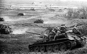 Dnieper–Carpathian Offensive - Soviet tanks near Odessa