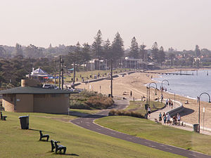 Elwood, Victoria - Image: Elwood Beach Feb 06