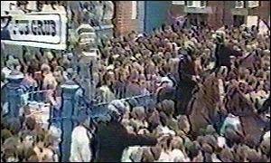 Hillsborough disaster - The scene outside the ground as the disaster began