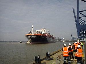 MSC Oscar - Image: MSC Oscar Port Of Felixstowe