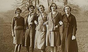 Mitford family - Jessica, Nancy, Diana, Unity, and Pamela Mitford in 1935