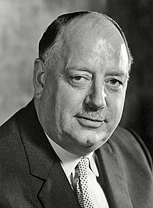 Richard-Beeching-1st-Baron-Beeching.jpg