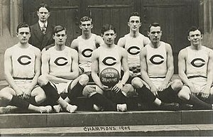 1908–09 Chicago Maroons men's basketball team - Image: University of Chicago Basketball Team, Intercollegiate Champions, 1909