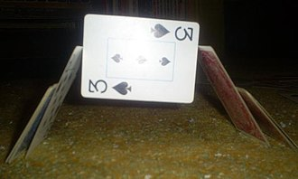 House of cards - Image: House Of Cards Balancing Centeral Card