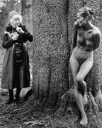 Imogen and Twinka at Yosemite - Image: Imogen and Twinka at Yosemite Judy Dater, 1974